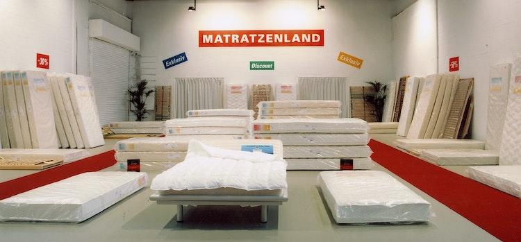 Installatie: 'Matrassenland'