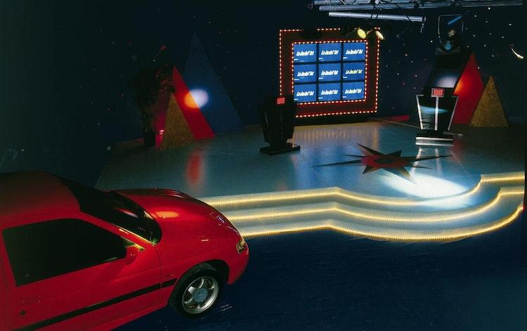 Installatie: 'TV Quiz décor'