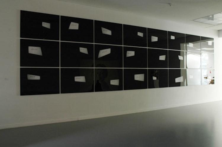 installatiezicht, MuHKA, Antwerpen,  2007 © foto Ana Torfs