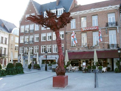 Coconuts for Dendermonde (commission)
