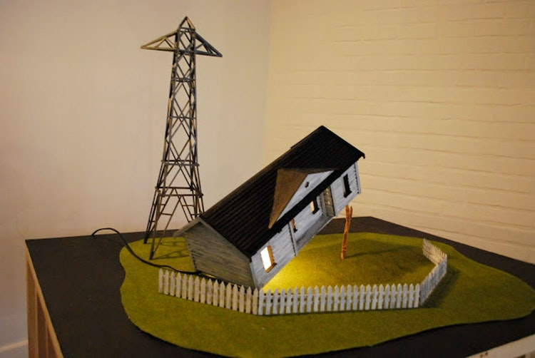 Jonas Vansteenkiste - A house is not a home (housetrap Mike Kelley editie)