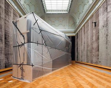 Karin Borghouts - KMSKA (Packed paintings)