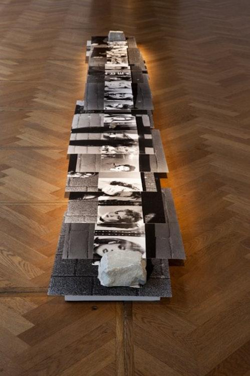 Hana Miletic - Coif Mode installation BOZAR